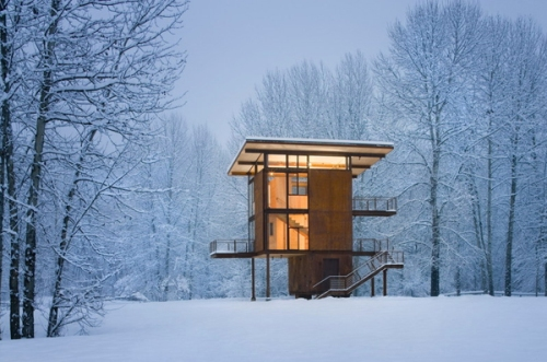 steel-cabin-woods-winter-2