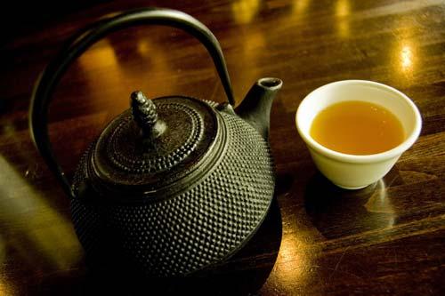 green-tea-pot