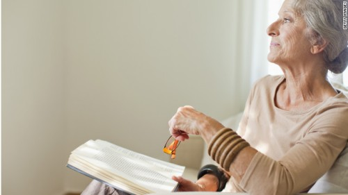 120817012058-senior-woman-reading-story-top