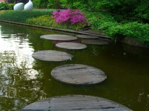 stepping-stones-morgue-300x225