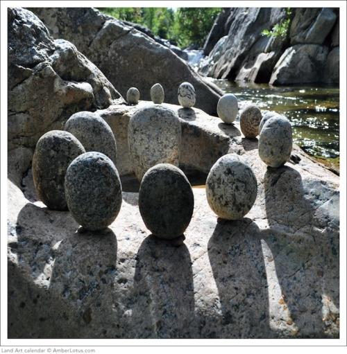 YvFIyfECbz1zJsGNWMFA_rocks