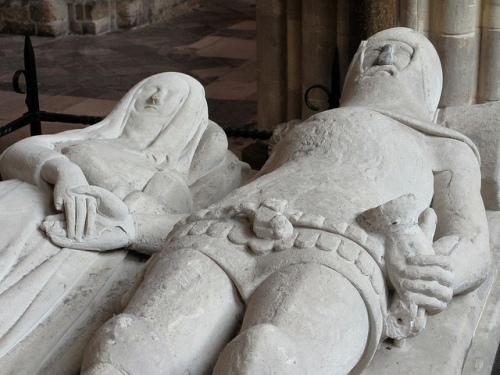 arundel-tomb
